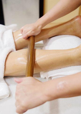 masajul-cu-bambus